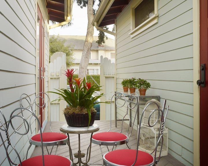 Le Bébé Cottage retro outdoor patio #venicebeach