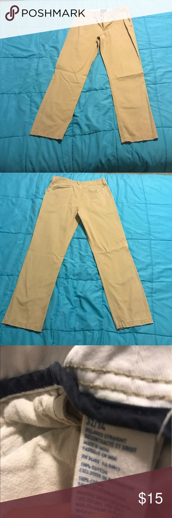 American Eagle Men's Khaki Pants. Size 32x34 American Eagle Men's Khaki Pants. Size 32 waist 34 length. Excellent condition. American Eagle Outfitters Pants Chinos & Khakis