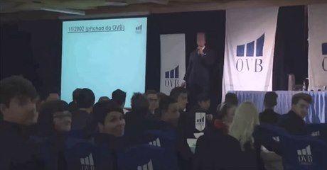 Český student dokumentaristiky natočil film, který podle firmy OVB Allfinanz…