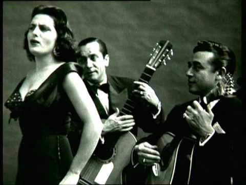 Amália Rodrigues. Nem às paredes confesso. I was introduced to Fado in the 1970s and have loved it ever since.
