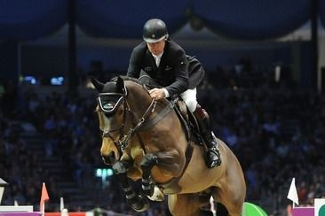 Double Gold Medallist Nick Skelton to compete at Olympia with Big Star! Equestrian legends Nick Skelton and the wonderful Big Star will be returning to the iconic Olympia arena this Christmas, fresh from their golden Rio victory.
