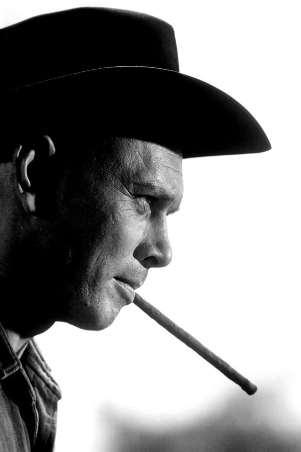 The Magnificent Seven, Yul Brynner, Cigars