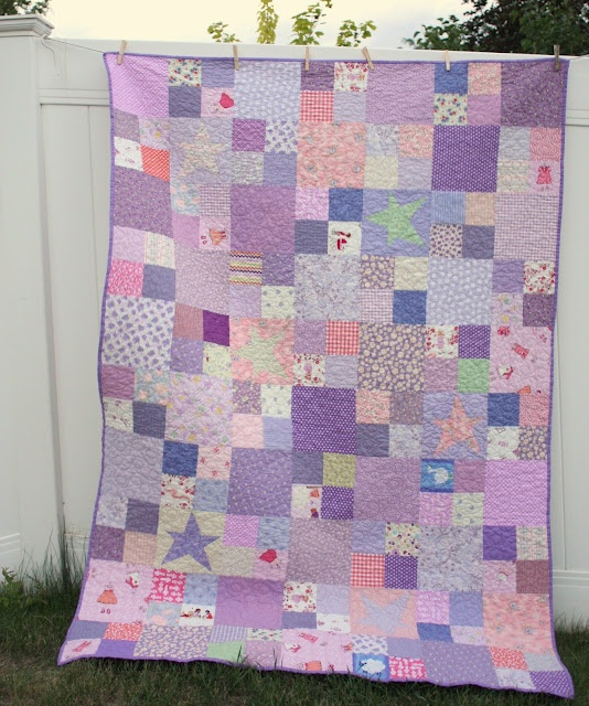 The Purple-y Quilt for the Purple-y girlQuilt Inspiration, Purple'S I Quilt, Choo Fabrics, Purple Quilt, Quilt Blog, Quilt Bees, Purple I Quilt, Quilt Pattern, Baby Quilt