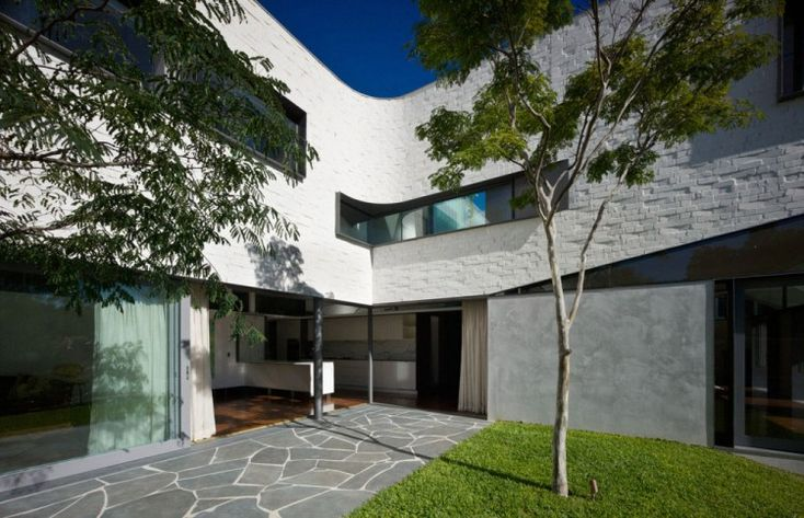 Garden House by Durbach Block Jaggers Architects | HomeDSGN
