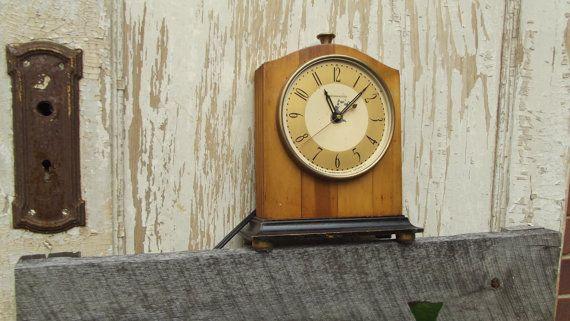 Hammond Antique Mantle Clock Chronometer by sistersvintageattic