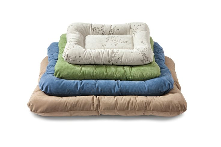 Our most durable dog bed is here. Introducing the Heyday Bed™ with Microsuede®     Durability and versatility seamlessly come together in West Paw Design's NEW Heyday Bed™ with Microsuede®.  Your dog is sure to drift off to sleep in this American made, hand sewn, pillow dog bed that complements home décor.  This soft dog bed cozies up dog crates and is travel friendly. Heavy duty and stain resistant   Easy to clean  Made in the USA  Machine washable and dryer friendly