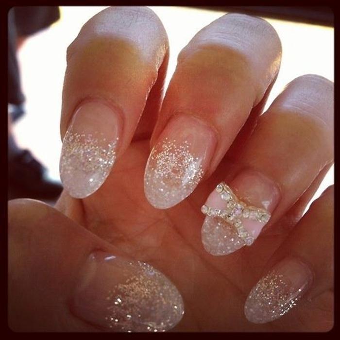 Best 25+ Round nail designs ideas on Pinterest   Round nails ...