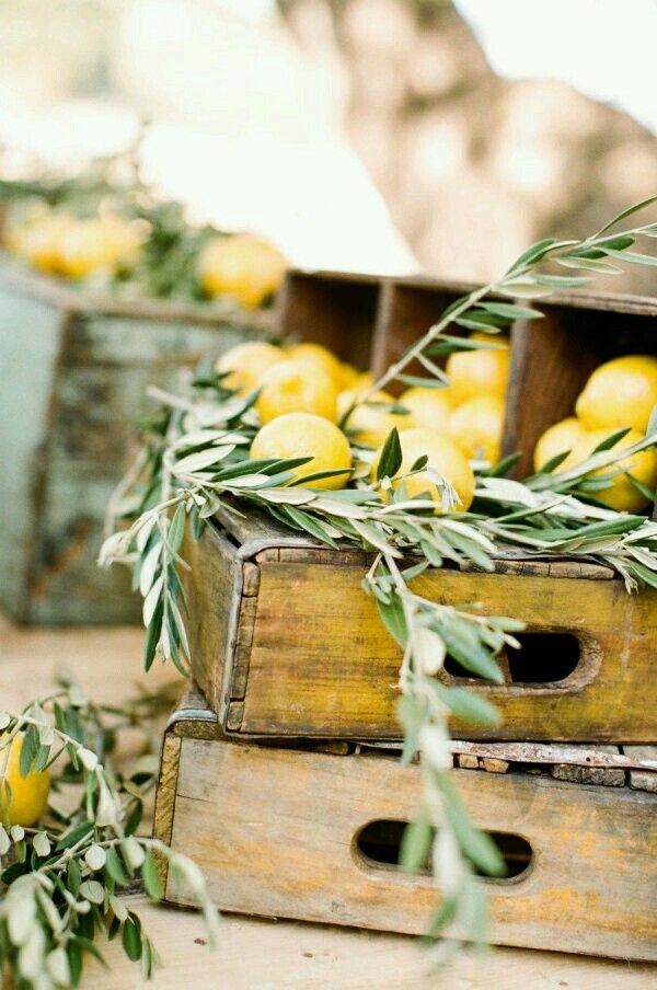 Freshly picked lemons Vintage retro style home decor at www.rubylane.com @rubylanecome #RubyLane #collectibles