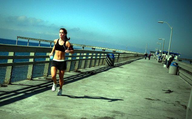 Come iniziare a correre: tra musica e ascolto del proprio corpo