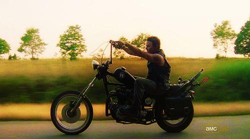 WALKING DEAD  DARYL DIXON MOTORCYCLE | daryl motorcycle