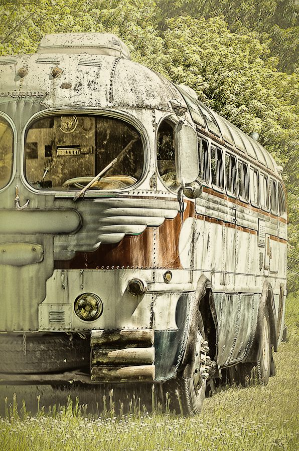 Old Bus #3 by Randy A. Eckert, via 500px  this is beautiful. would love to have something like this for a rv