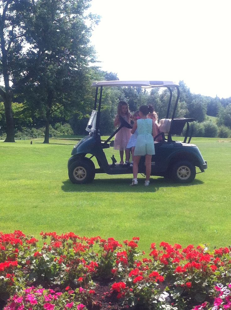 Use of a golf buggy makes for great photo opportunities