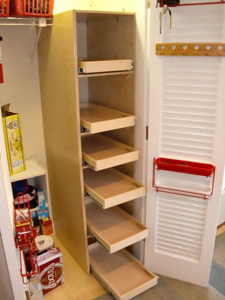 Organize your utilitycloset with a column of custom made