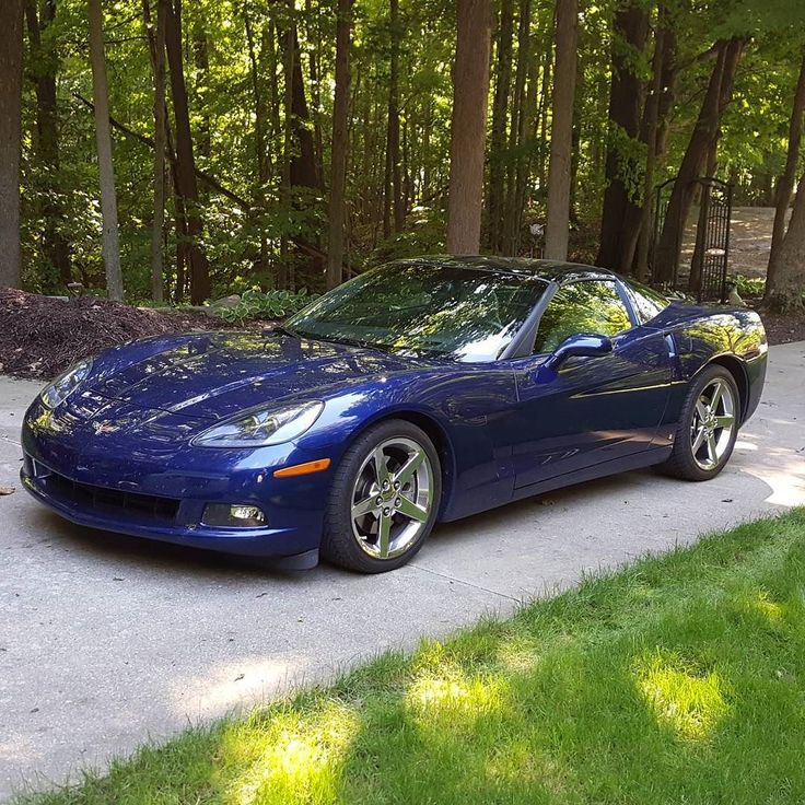 Nice Corvette!  #protecautocare #engineflush #carrepair #chevy #chevorlet #corvette #blue #targa #top #chrome #rims #v8 #american #muscle #car #horsepower #nofilter #followus