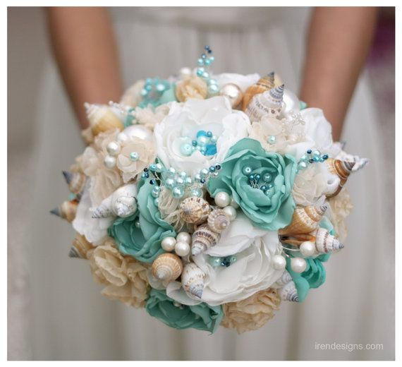 Seashells Wedding Bouquet for Beach Wedding. by IrenDesigns