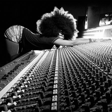 """Erykah Badu in general influenced me a lot in my thinking and the way I see the world. (I even named my blog in homage of her name, """"Analogue Boy In A Digital World"""") Her album """"Mama's Gun"""", has a profound effect on my life."""