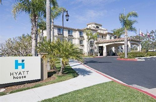 HYATT house San Diego/Carlsbad - Hotels.com - Hotel rooms with reviews. Discounts and Deals on 85,000 hotels worldwide