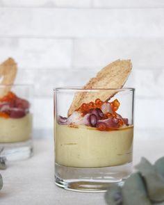 Los aperitivos de hoy tienen un poco más de trabajo que los anteriores que he publicado ( con pasta choux , canapés , con hojaldre ), pe...
