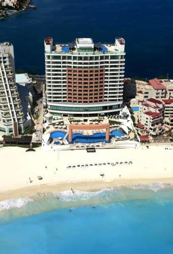 Beach Palace Cancun - aerial view