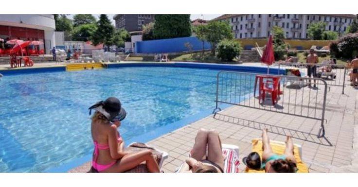 Piscina Argelati - открытый бассейн на свежем воздухе лучшее решение в жаркий летний миланский день. Комплекс построен в районе Navigli в 1962 году и является первым открытым бассейном построенным в Милане. Бассейны расположены на двух разных уровнях среди деревьев цветников и газонов. Максимальное количество посетителей составляет 800 человек. На территории комплекса бар комнаты отдыха и большой солярий (500 кв.м.) с шезлонгами и зонтиками которые можно арендовать а также два бассейна с…
