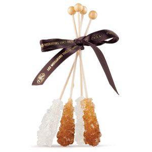 Tea Sugar Sticks: Naturally processed sugar sticks that gently sweeten tea without affecting the particular taste and color of the infusion.