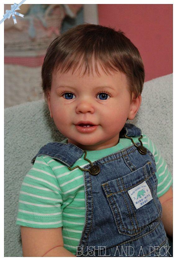 Commande spéciale pour Reborn Katie Marie enfant garçon poupée vente