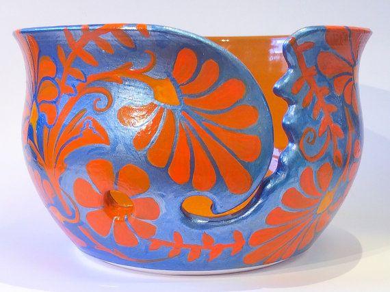 Tazón de fuente de hilo diseño floral en azul por EarthWoolFire