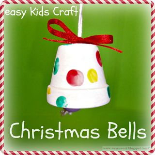 Adorable bells with the kids' fingerprints made from tiny terra cotta pots. Easy! | Wesens Art