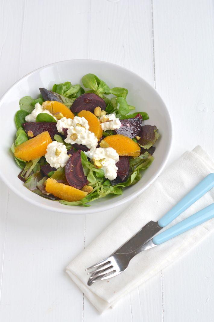 Vandaag maak ik een lekkere en frisse salade met bietjes en Hüttenkäse. Superlekker en gezond.