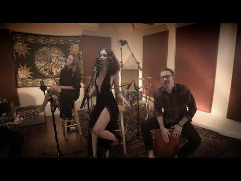 Sabrina Claudio - Tell Me (Acoustic Version) - YouTube