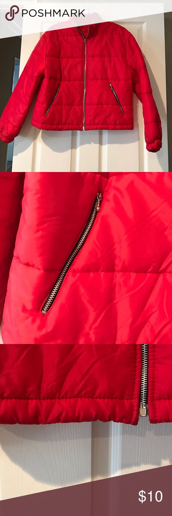 Red Bubble Jacket Perfect Red Zip Up Bubble Jacket with side zip pockets. Small stain on sleeve but faces inward so not very noticeable. Good condition. Unknown Jackets & Coats Puffers