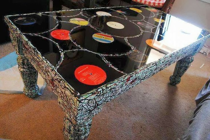 For Music Lovers \\ the vinyl table