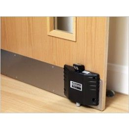 Dorgard Fire Door Retainers