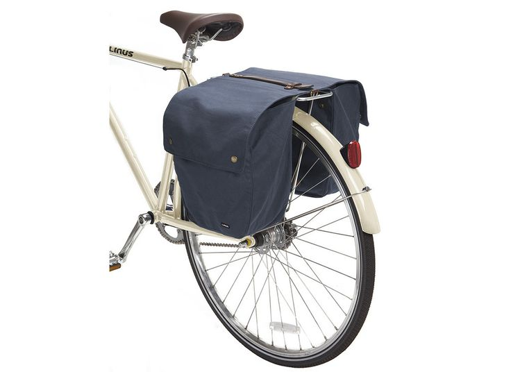 #LinusBikes #Market bag. Treated canvas, oil skin leather, brass hardware and a padlock to keep it on the rack. Luvverly. Rolls up compact when empty.