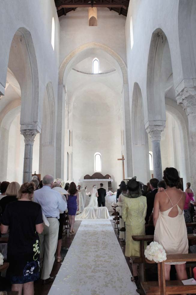 Wedding ceremony at Santa Maria a Gradillo in Ravello http://www.weddingsontheamalficoast.com/ravello-wedding-jackie-constantin-sinagra.html
