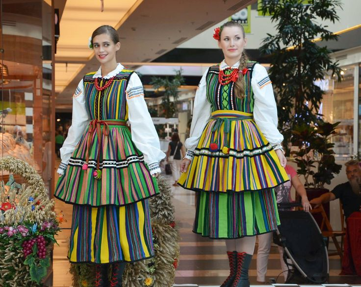 Regional costumes from Opoczno, Poland