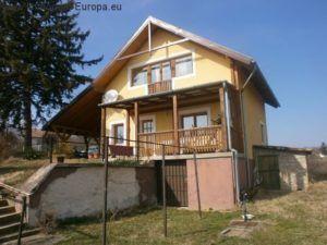 https://www.gloim.com/de/0__8779_suche1_3_0/somogy-wohnhaus-ferienhaus-mit-panorama-und-seeblick.html