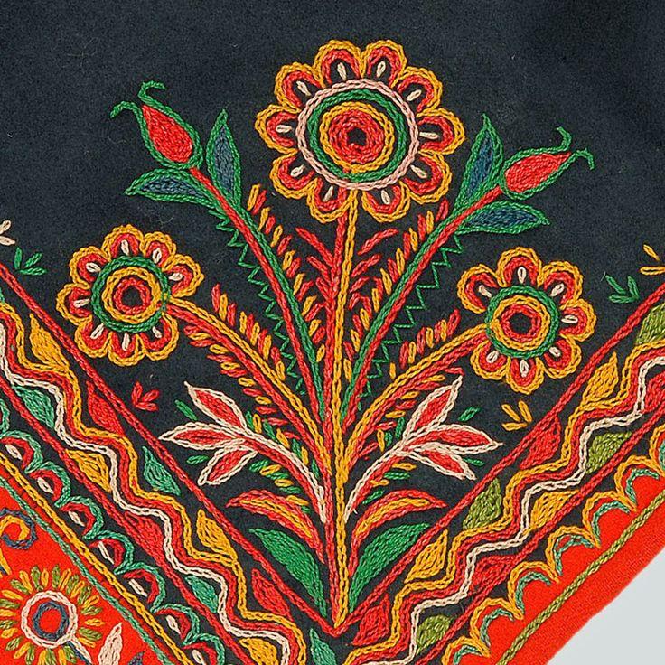 Bukiet - motif of the Lachy Sądeckie costume, Poland