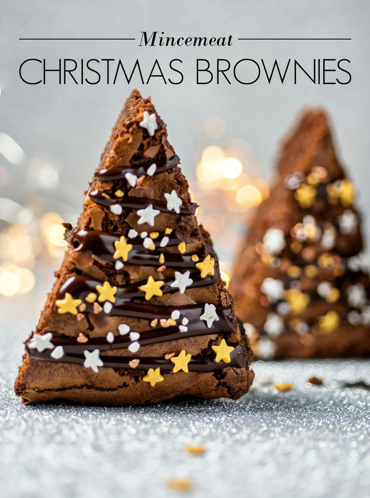 The big day is almost here! Check out our recipe to make delicious (and easy!) Mincemeat Christmas Brownies.