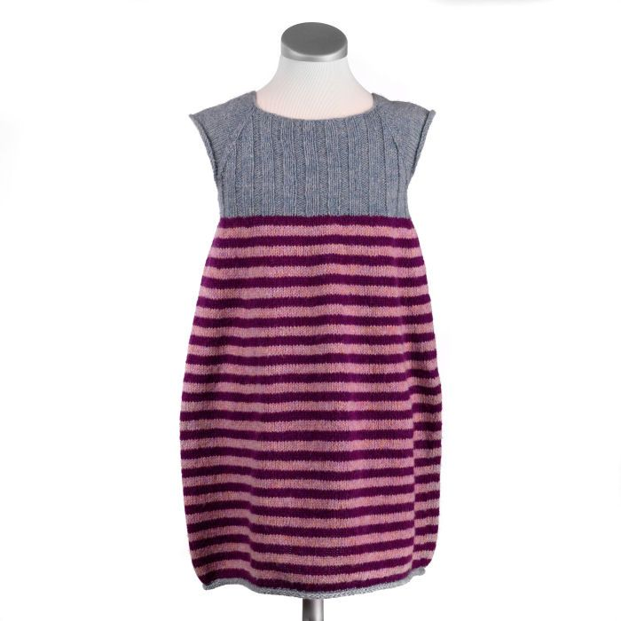 Tankestreg - front - Tynd uld. One size - a dress for todlers and a top for bigger children