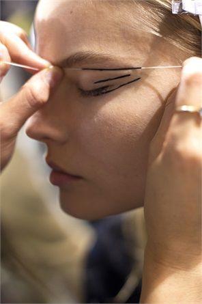 Eyeliner, come abbinarlo alla forma degli occhi - VanityFair.it