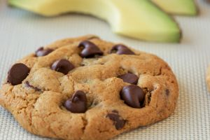 Seriously?? Avocados and chocolate chip cookies come together?? My 2 favorite foods. So excited to try these.  California Avocado Chocolate Chip Cookies Recipe | California Avocado Commission