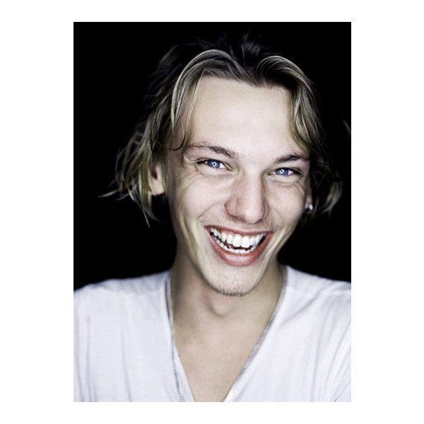 Jamie Campbell Bower Pictures, Caius from Twilight, New Moon Movie,... ❤ liked on Polyvore featuring jamie campbell bower, pictures and role play