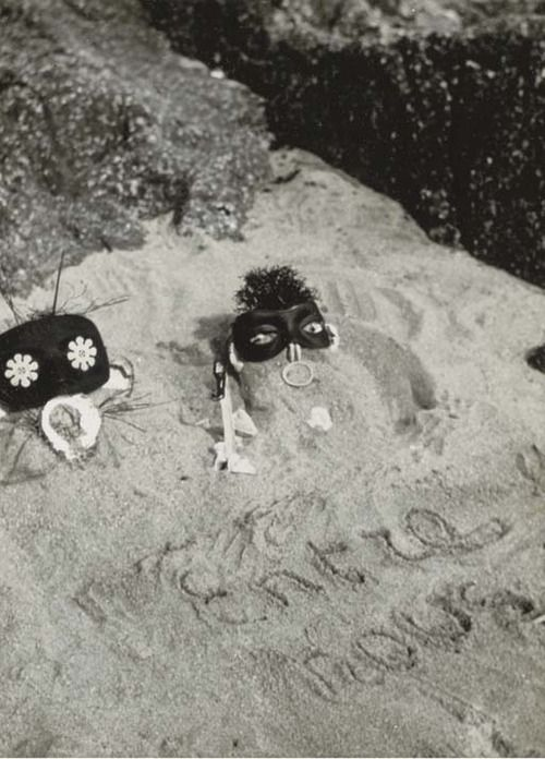 Claude Cahun, Between Us, 1926