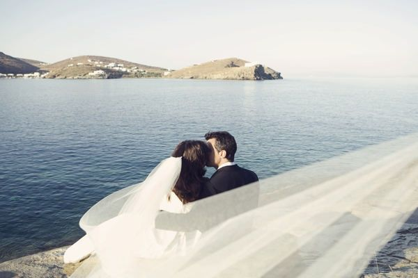 Amazing Sifnos Island (Greece) wedding. Anna Roussos Photography.
