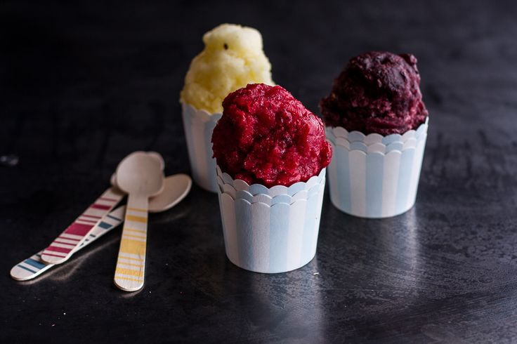 Italian Ice (4 natural ingredients, no ice cream maker needed!)
