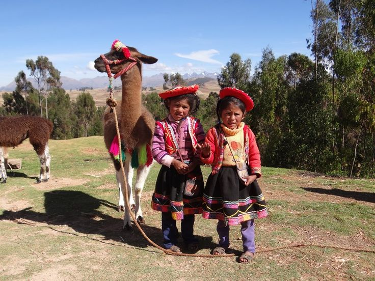 The Sacred Valley of the Incas is a region where you can learn the amazing level of development of the Incas.  Read more: http://www.imperatortravel.ro/2016/09/vacanta-la-peste-3-000-de-metri-ep-7-calatorind-pe-valea-sacra-a-incasilor.html