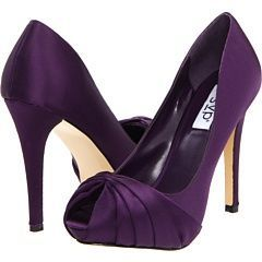 dark purple wedding shoes. Want some like these for after the ceremony.