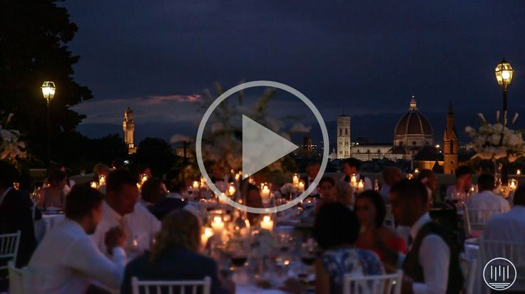 A very elegant British wedding in Florence in one of the most exclusive hotels: Villa La Vedetta.  After a touching ceremony in the garden, K+J had some amazing shots in front of Ponte Vecchio and overlooking the skyline of the town.