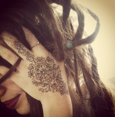 This is cute! It's a henna, I'd want it permanent.